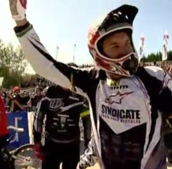 Greg Minnar wins the UCI Mountain Bike World Cup 2008 at Fort Willam