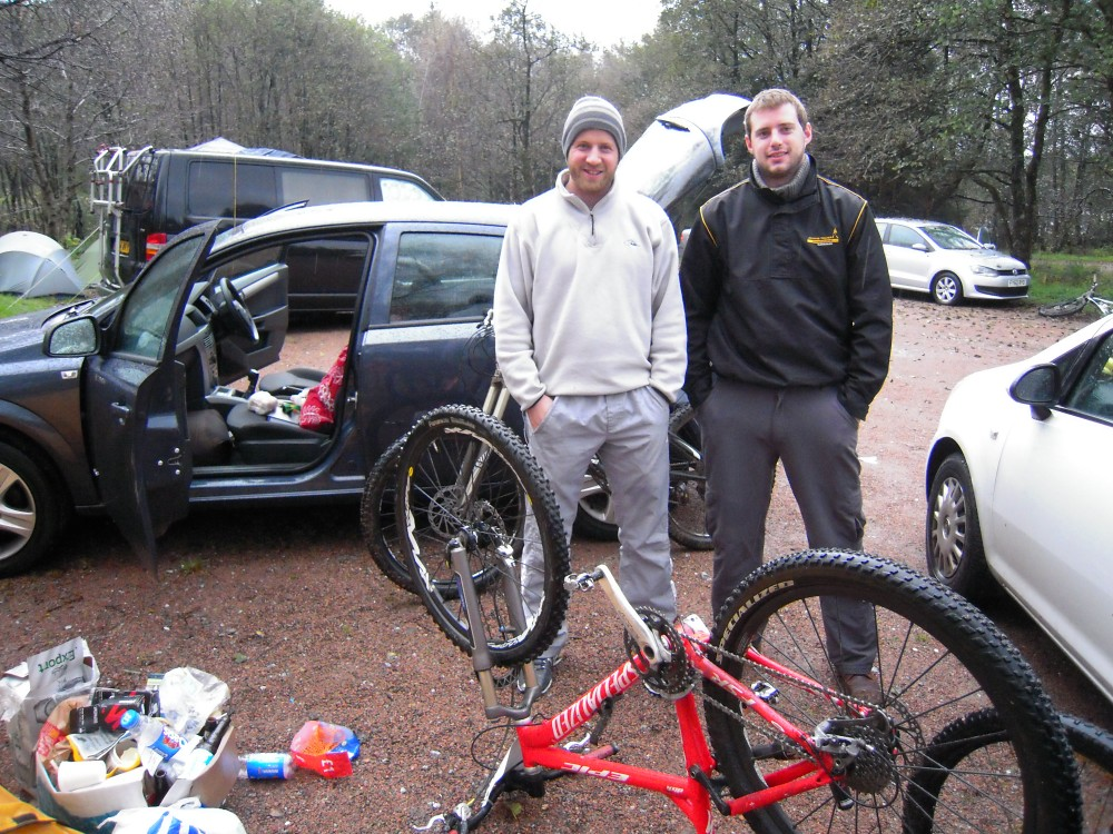 Two Relentless 24, 2011, riders. No Fuss Events.