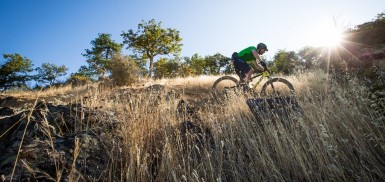 How to clear technical climbs on your MTB